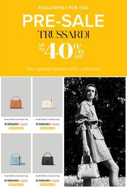 Ofertas de Roupa, sapatos e acessórios no folheto Trussardi (  3 dias mais)