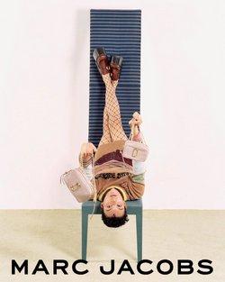 Ofertas de Marcas de luxo no folheto Marc Jacobs (  3 dias mais)
