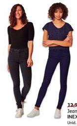 Oferta de Jeans feminino por 9.99€