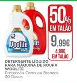 Oferta de Detergente líquido Woolite por 9,99€
