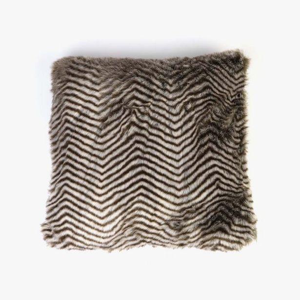 Oferta de Capa de Almofada Zig Zag Pelo 45x45 cm por 14,99€