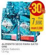 Oferta de Alimento seco para Gato One por 7,69€